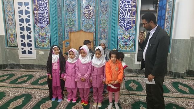 جشن میلاد پیامبر اکرم(ص) و امام صادق(ع) در مسجد حضرت ابالفضل العباس قشم برگزار شد