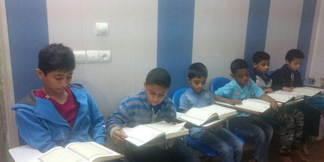 کلاس روخوانی و روانخوانی قرآن در محل موسسه پیامبراعظم(ص) قشم برگزار شد