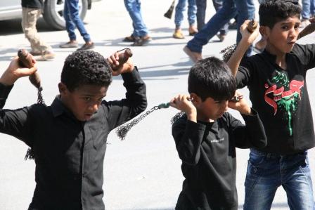 شور حسینی عزادارن قشم در روز تاسوعا